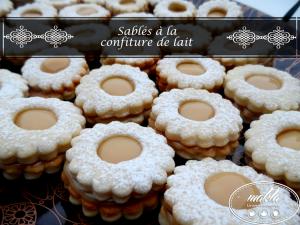 Read more about the article Sablés fourrés à la confiture de lait