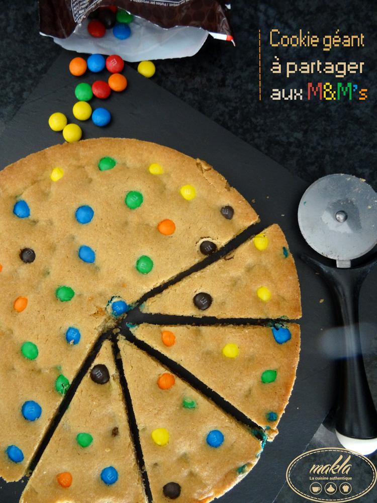 Cookie géant à partager aux M&M's